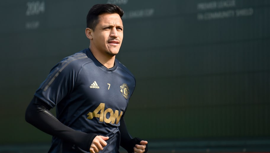 Alexis Sanchez Filmed Landing in Milan Ahead of Season-Long Inter Loan Move